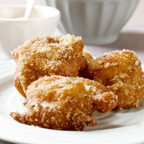 Cooking with Moose: Apple Fritters